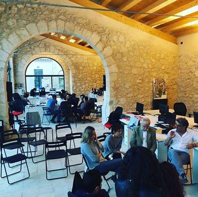 Il museo delle persone che ha ridato vita culturale a for Favara farm cultural park