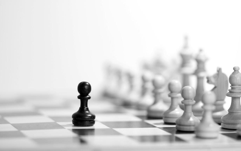 live-life-like-game-of-chess-ftr1