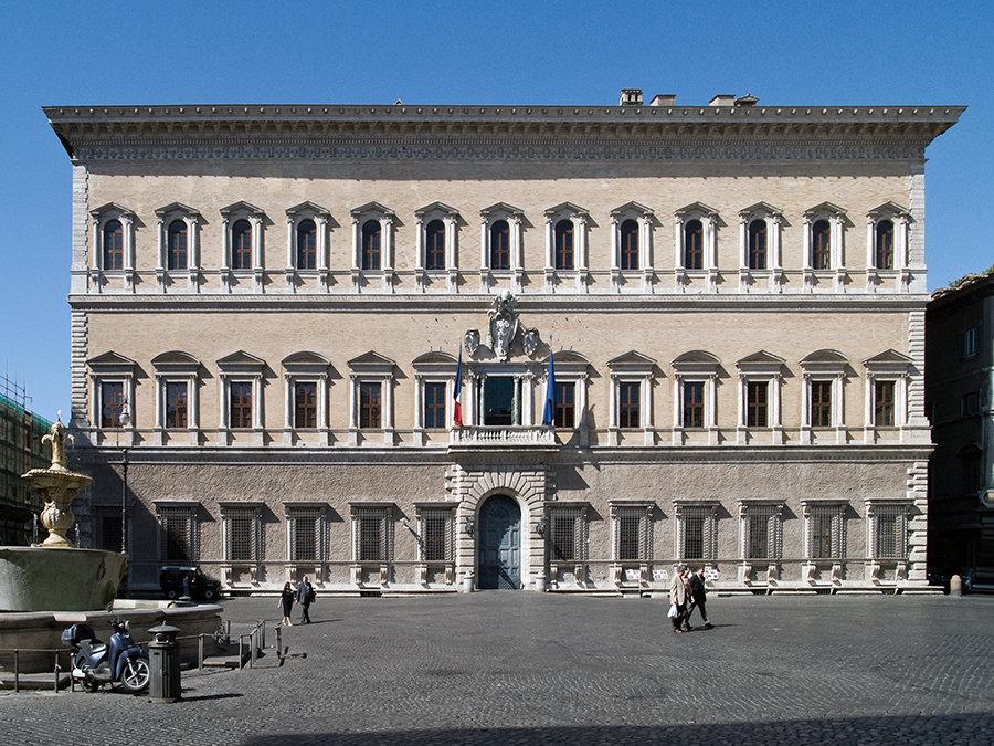 Palazzo Farnese (Roma), sede dell'Ambasciata di Francia in Italia