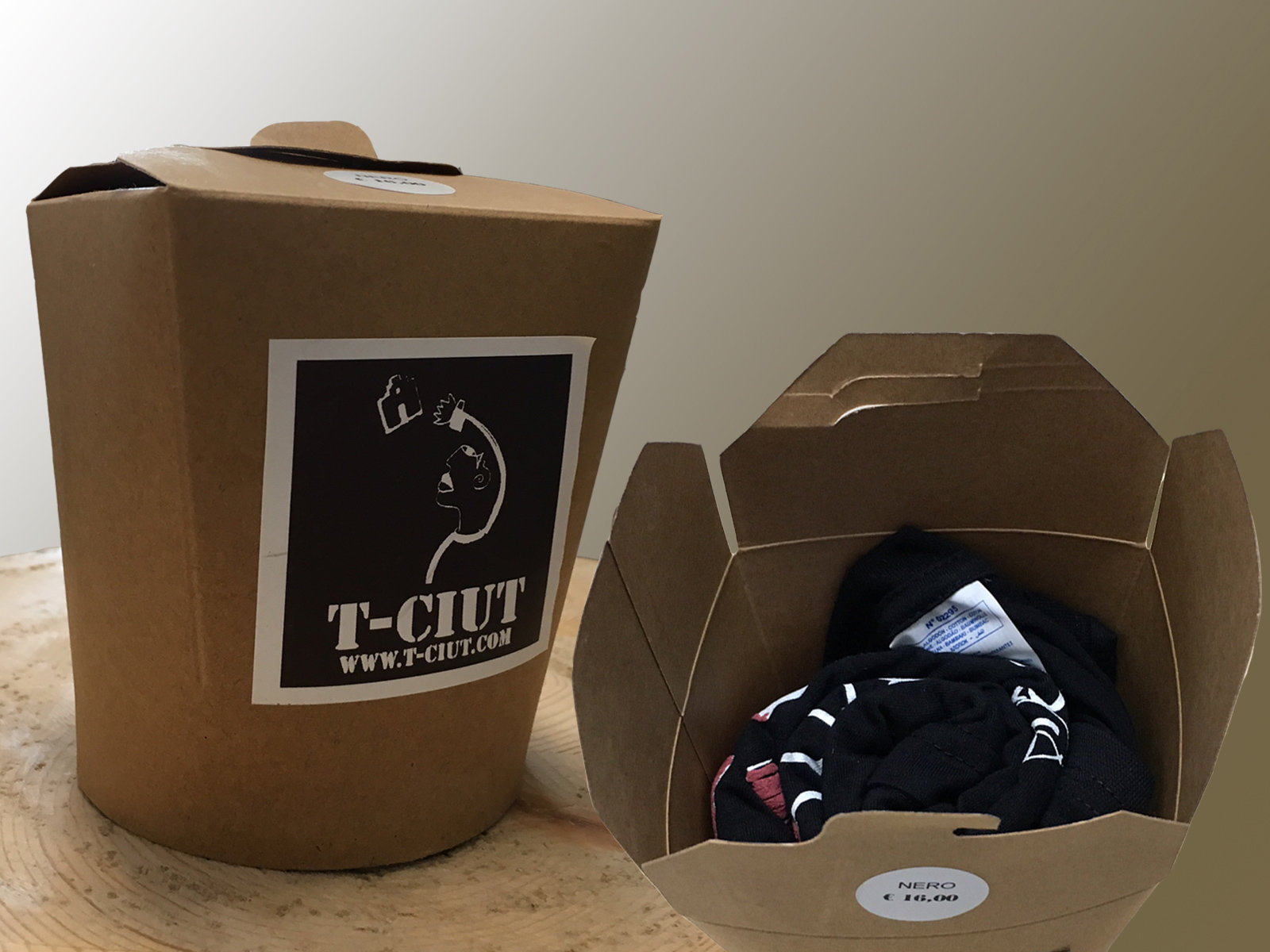 Packaging t-shirt T-ciut