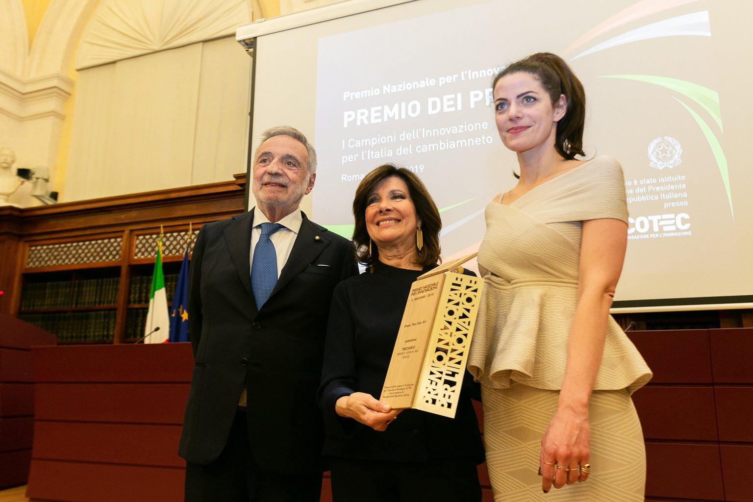 L'armadio virtuale di Dress You Can vince il Premio dei Premi per l'innovazione