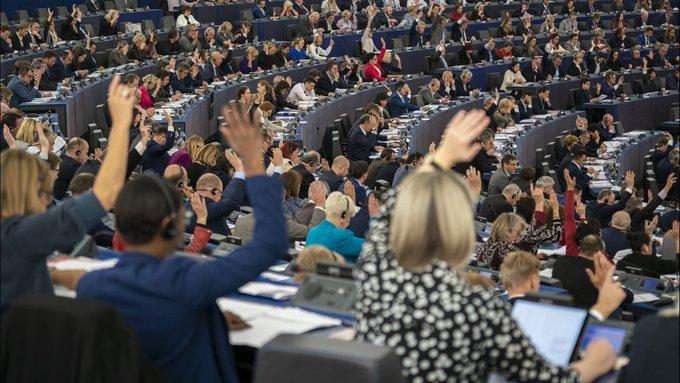 Eurodeputati italiani isolati, stage bloccati. Coronavirus fobia a Bruxelles