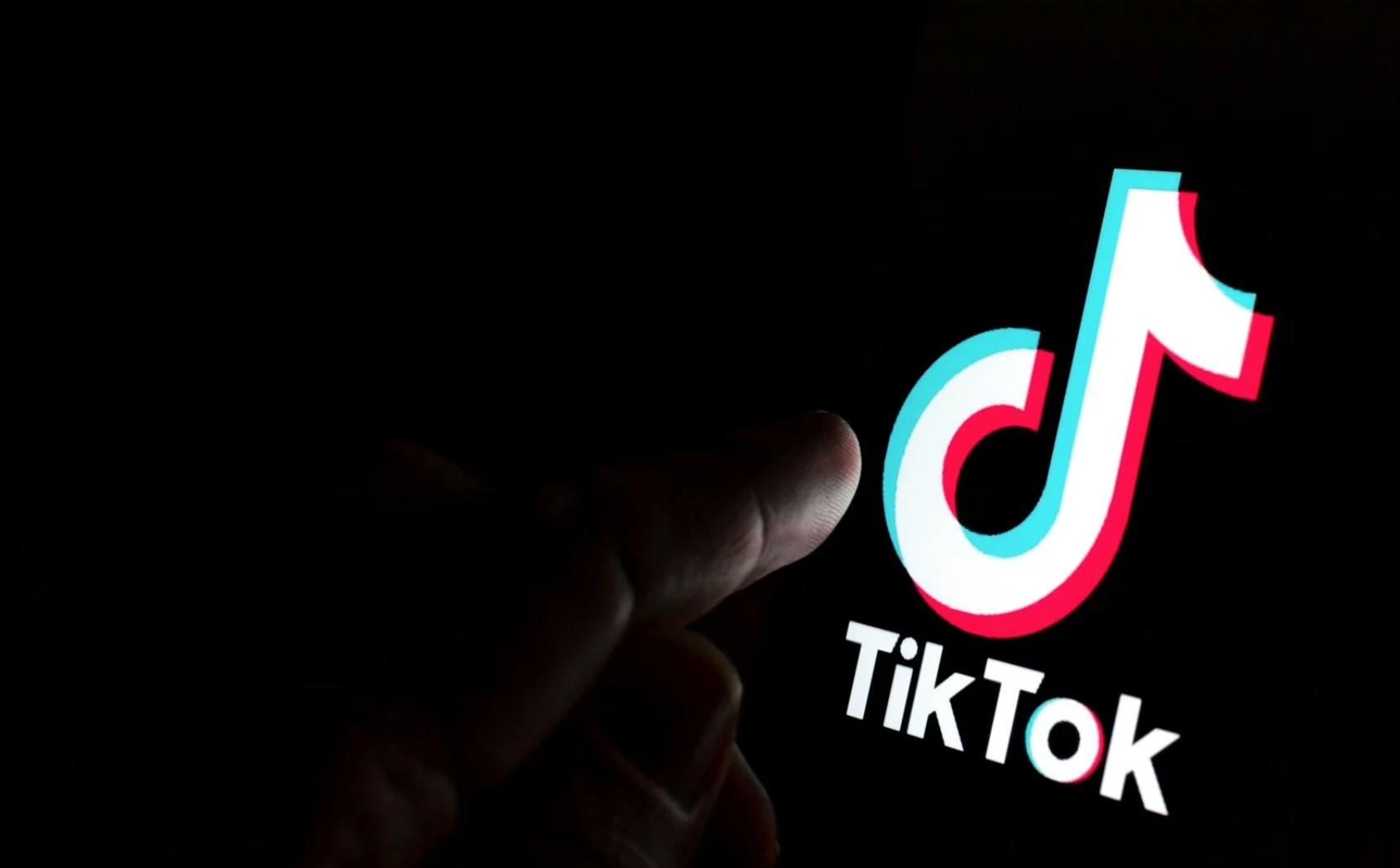 Si può chiudere TikTok ai minori? Parola all'esperto