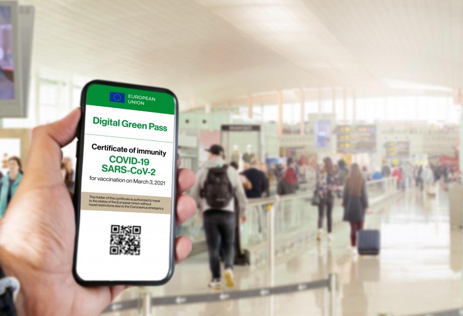 Sì al passaporto Covid Ue: tre alternative per poter viaggiare