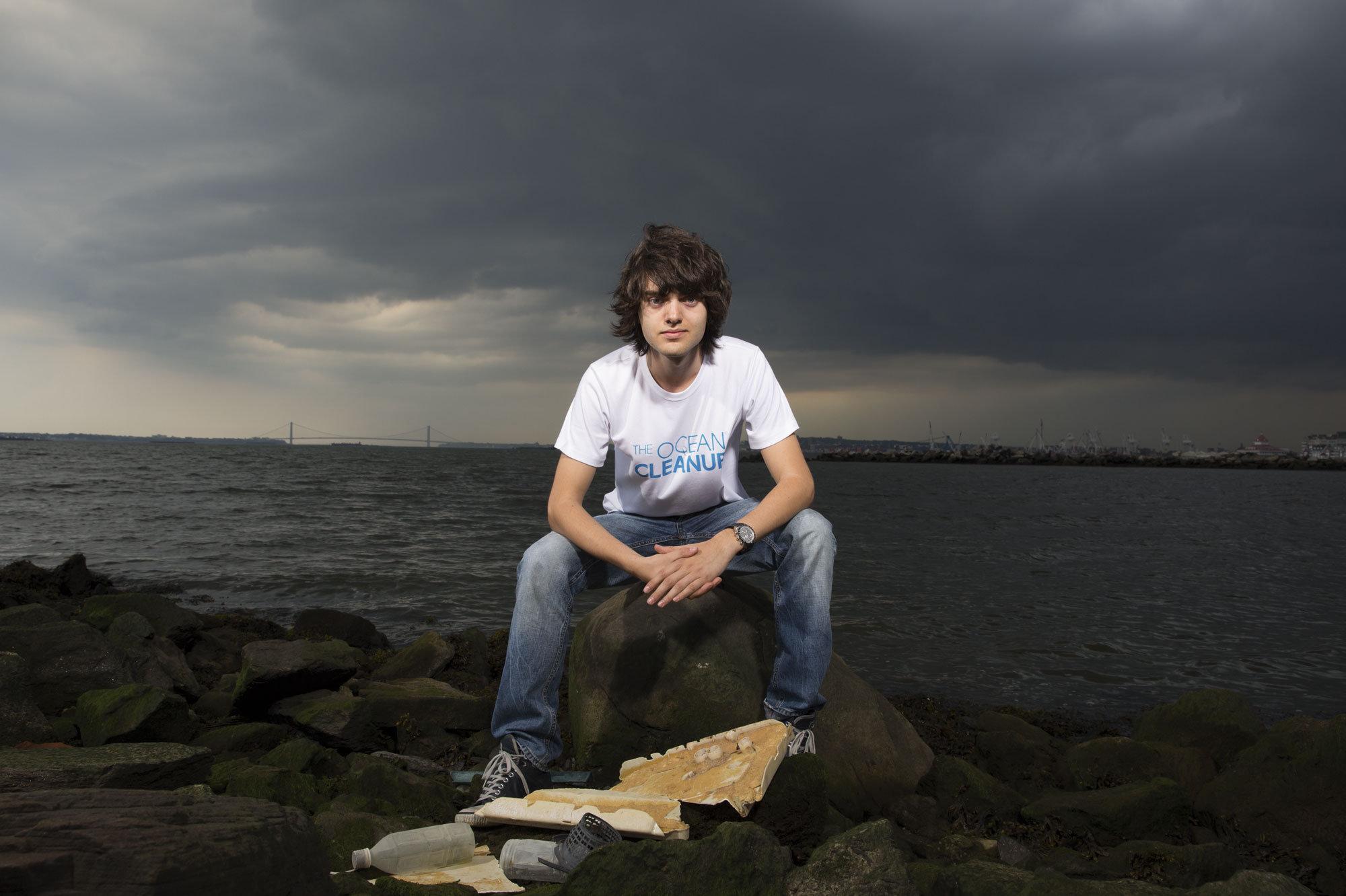 Chi è Boyan Slat, il ventenne che pulirà gli oceani dalla plastica
