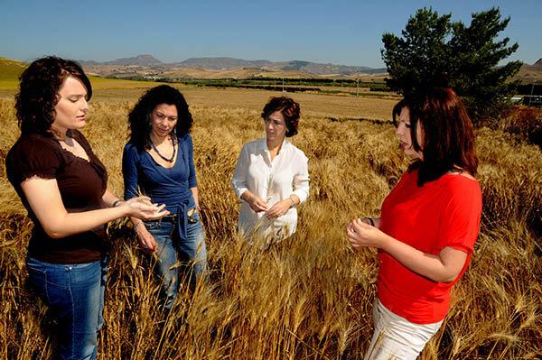 Quattro siciliane e un network per produrre energia dagli scarti alimentari