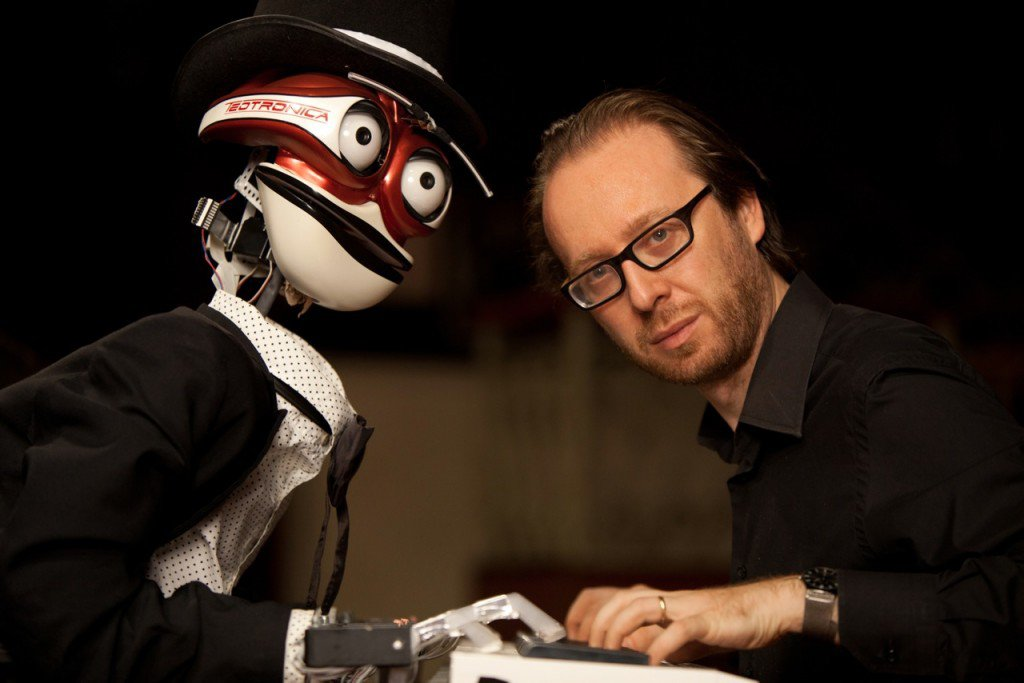 TeoTronico, il robot pianista giramondo made in Italy