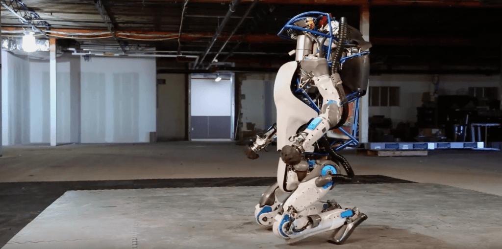 Atlas, il robot di Google che sembra (davvero) un essere umano