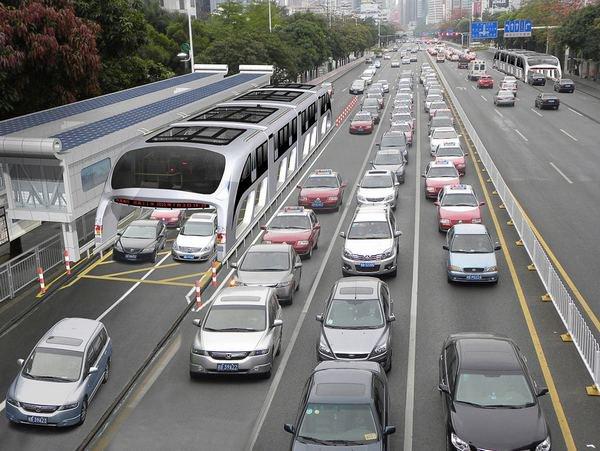 TEB, l'autobus del futuro che passerà sopra il traffico