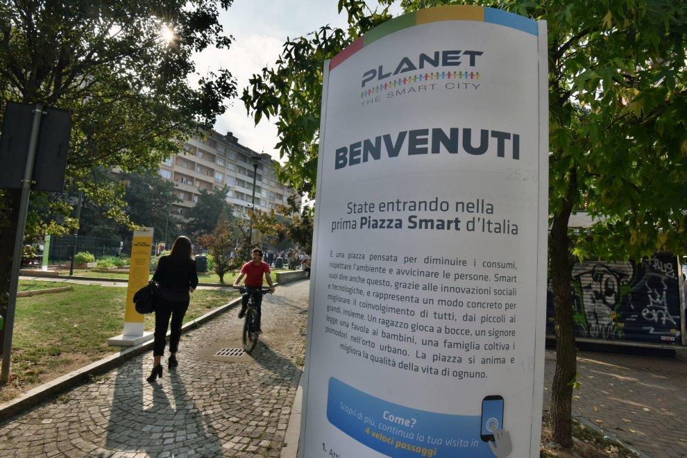 Un giro, a Torino, nella prima piazza smart d'Italia