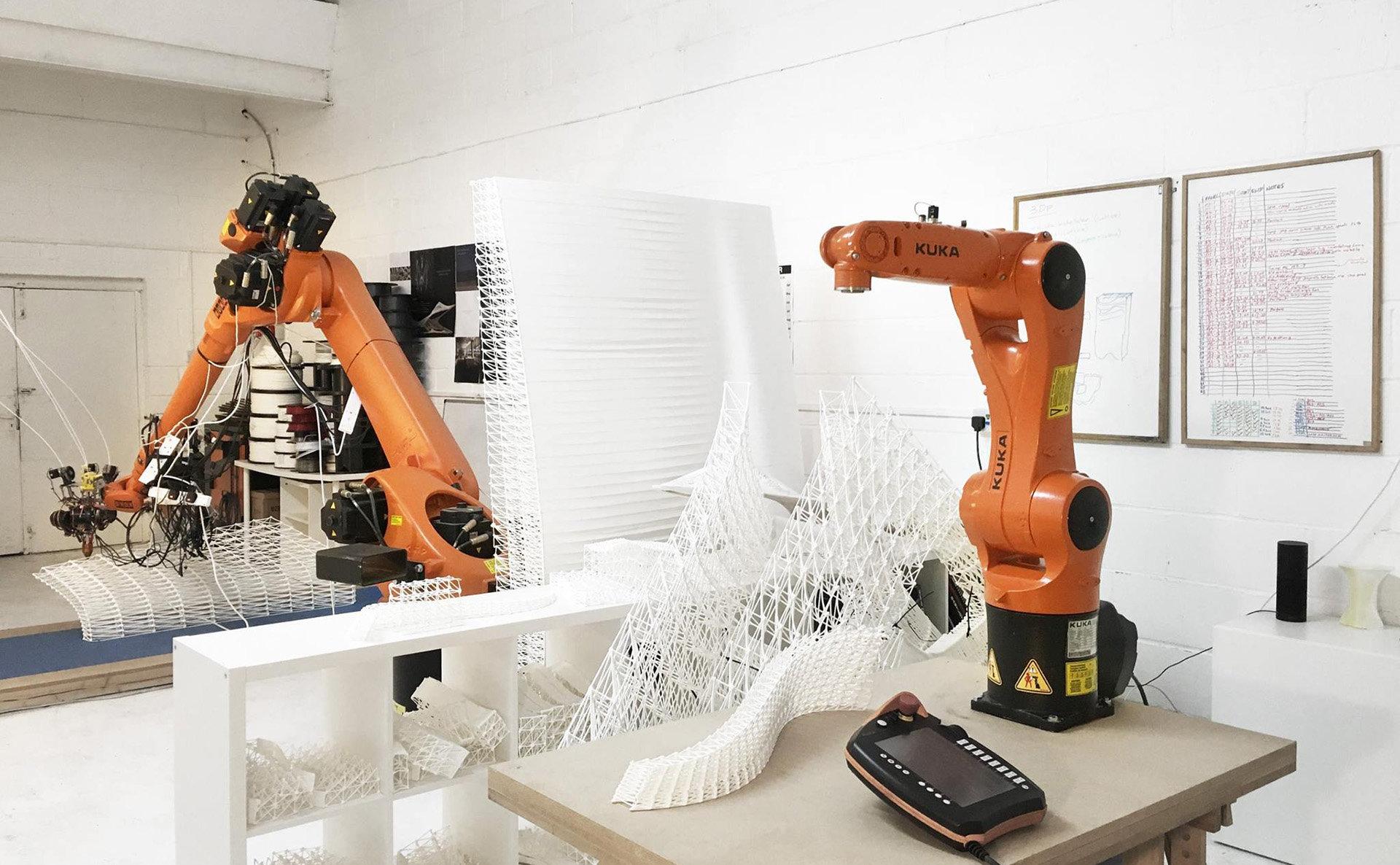 KUKA robot stampa 3D