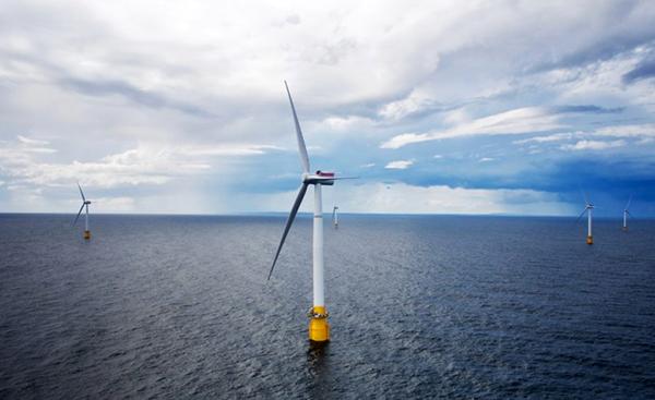 In Scozia la prima centrale eolica galleggiante
