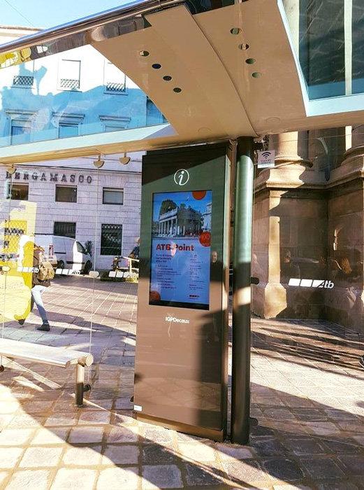 A Bergamo la pensilina dell'autobus è smart
