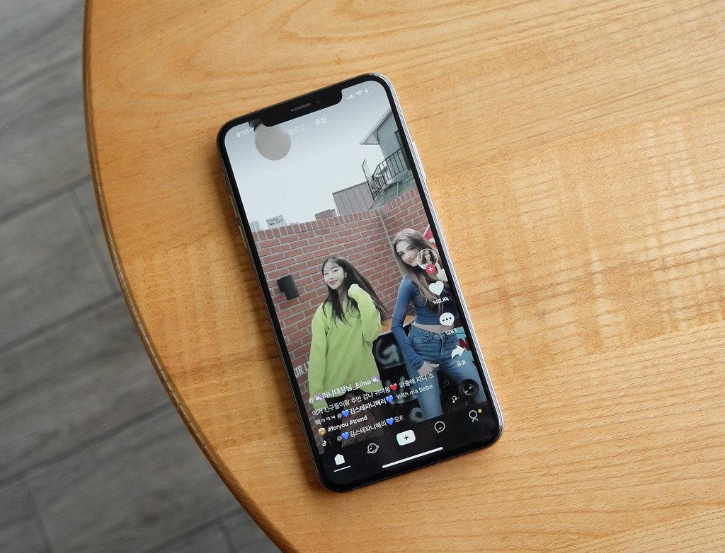 Instagram imita TikTok: la nuova funzione Reels crea stories musicali