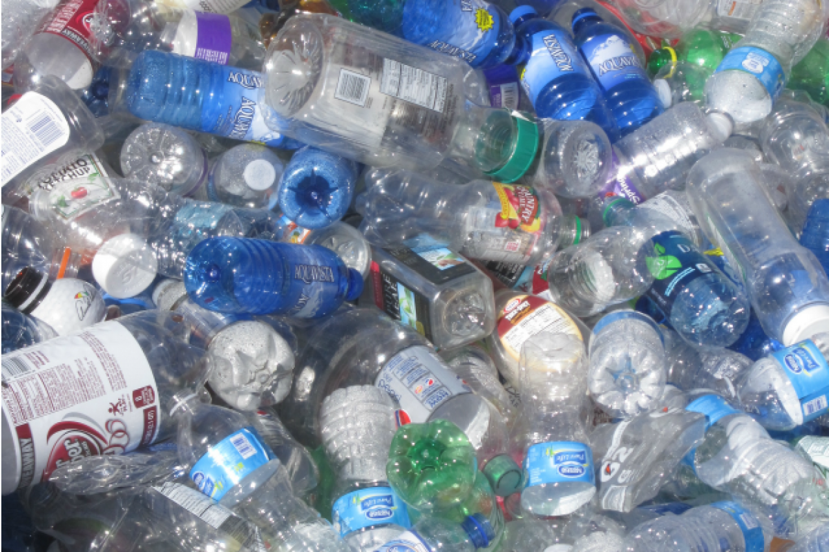 Come ridurre il consumo di plastica: 5 suggerimenti per la ...