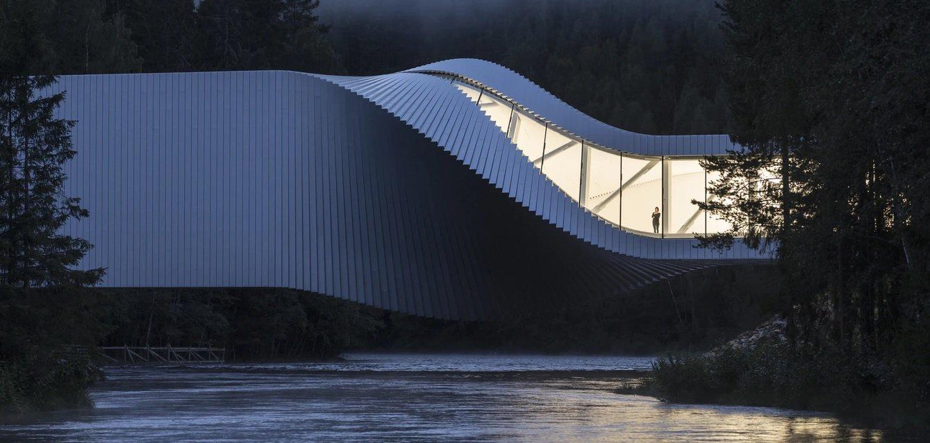 Norvegia, il ponte green è tech, visionario e opera d'arte