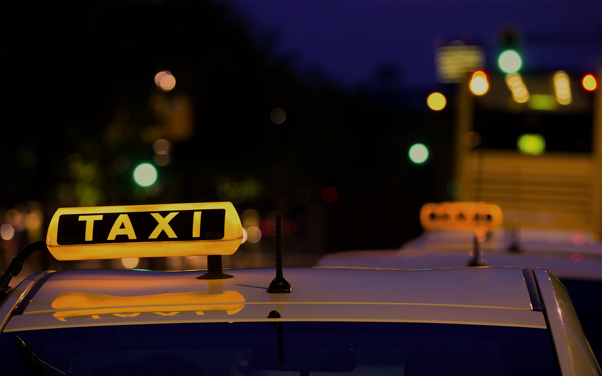 """""""Una corsa per i nostri anziani"""", 40 taxi volontari a disposizione per gli over 65. Il servizio coordinato dal Comune di Milano - Valore Responsabile"""