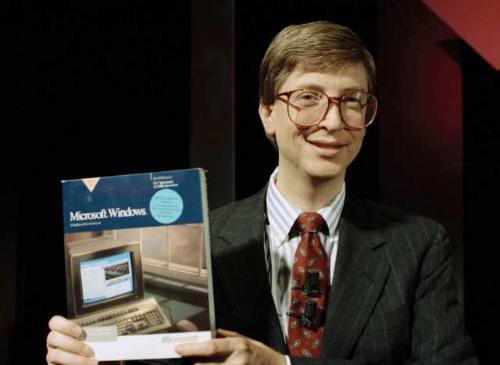 Bill Gates presenta Microsoft Windows