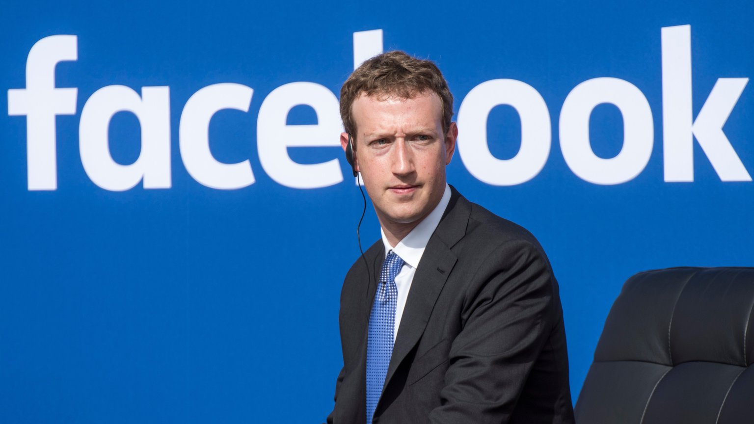 how to get blue mark on facebook