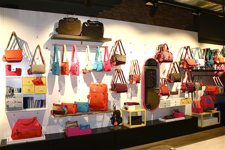 Catbag-store-by-AM-Asociados-Barcelona-Spain-03