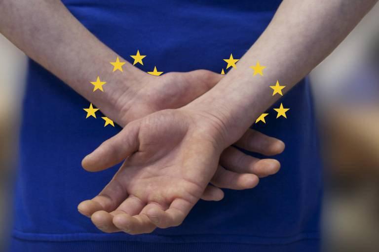 europol-manette