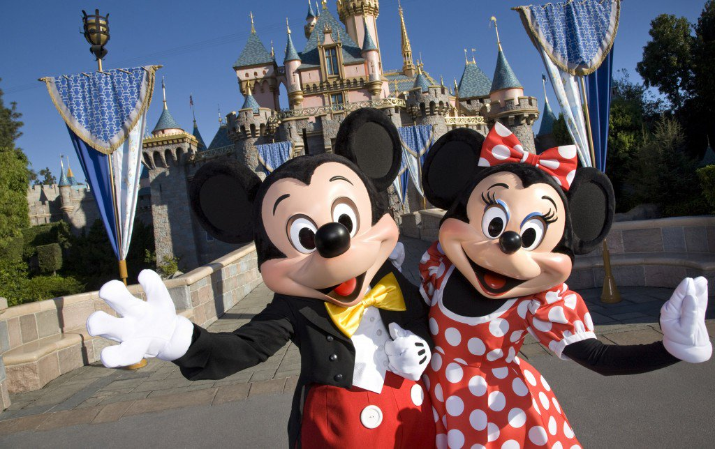 Headed-to-Disneyland-this-Spring-Grab-These-Deals-Before-You-Go-4f857bcba48a4f47ba8ff00da4a09ba5