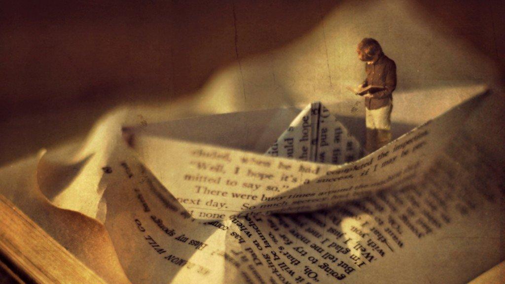 inspiring-boy-reading-book-in-a-boat-artistic-vintage-high-resolution-wallpaper-for-desktop-background-