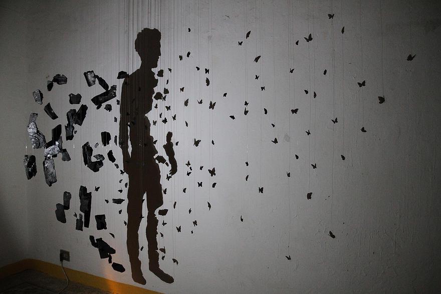 """L'opera di Simone Bubbico """"Materia oscura"""""""