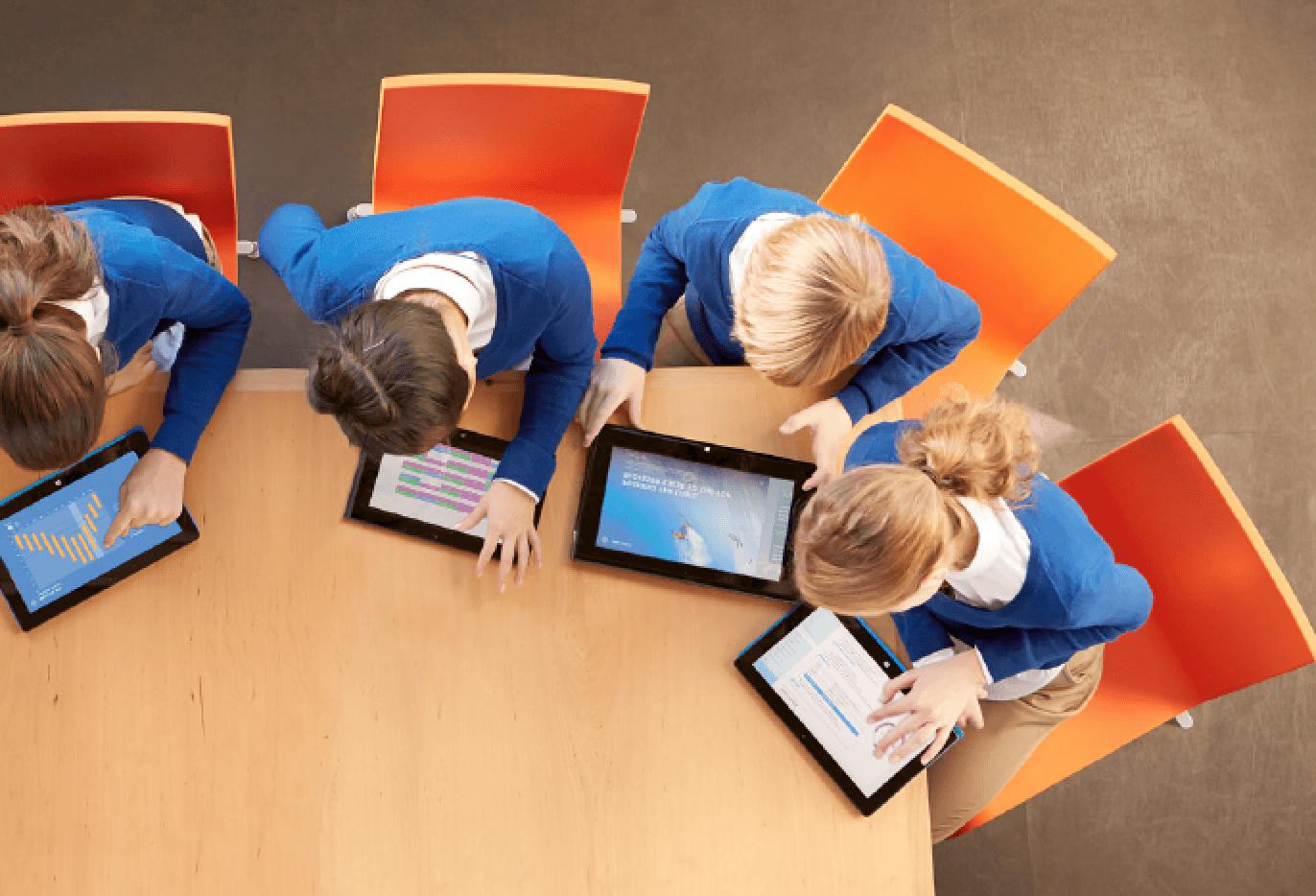 education-kids-on-tablets