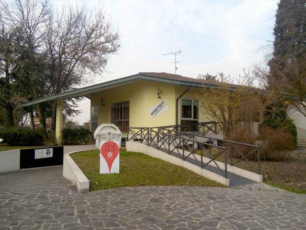 Villa Con Parco Savona Albissola Marina Mq