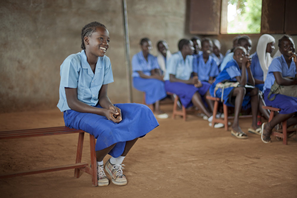 Monica_in_a_classroom_in_Oxfam's_girls'_education_project,_Bahr_el_Ghazal,_South_Sudan