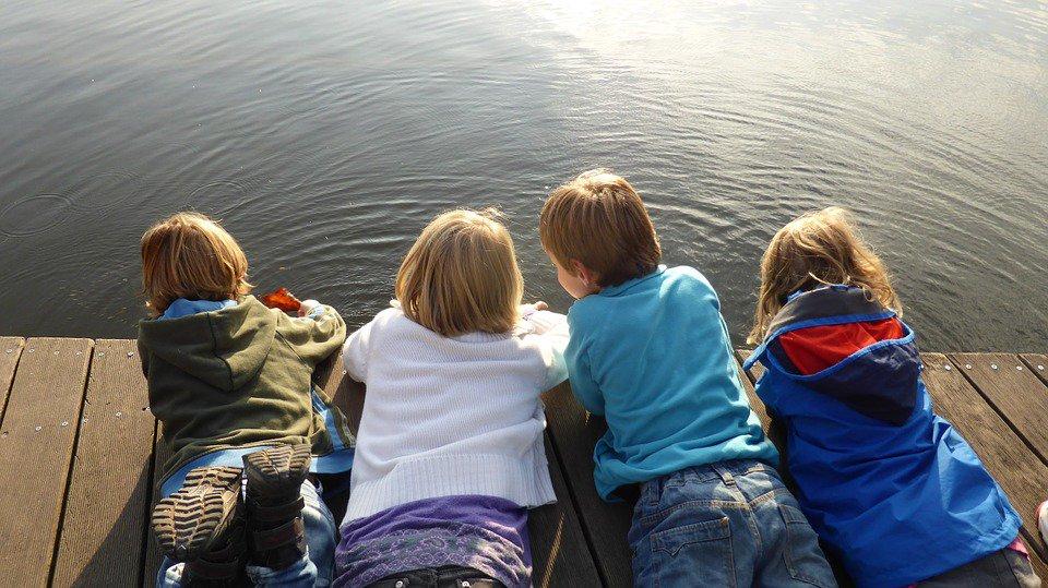 children-516342_960_720