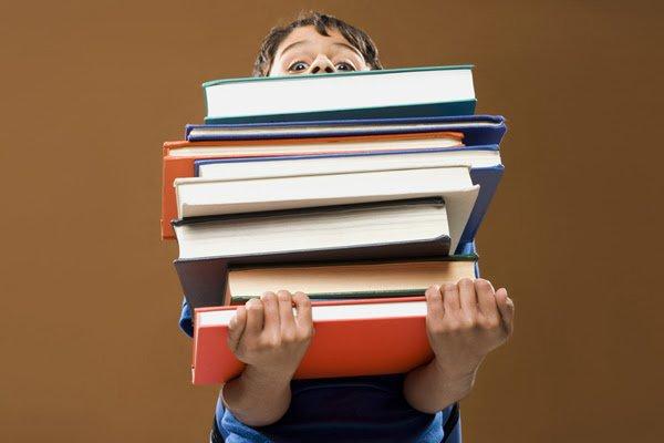 Amazon si prepara al back to school e sconta i libri for Libri scolastici scontati