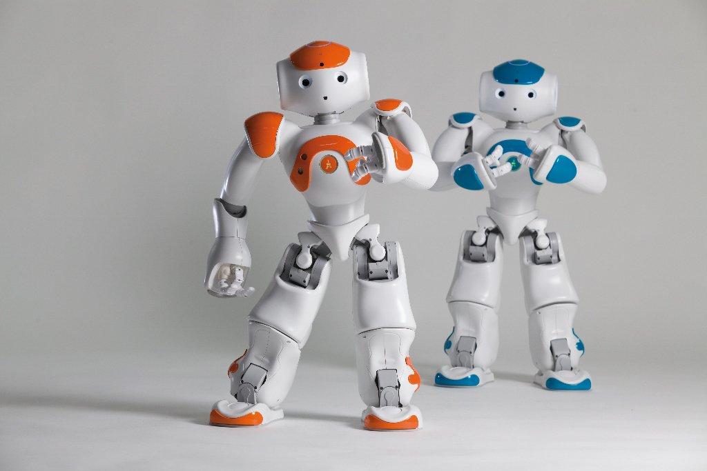 Robot e scuola l incontro con il preside che fa usare nao ai
