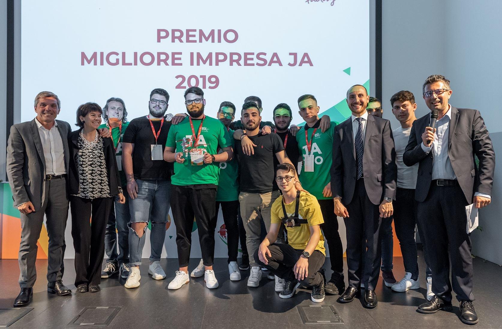 Biz Factory 2019, primo premio agli studenti dell'ITIS Lucarelli di Benevento