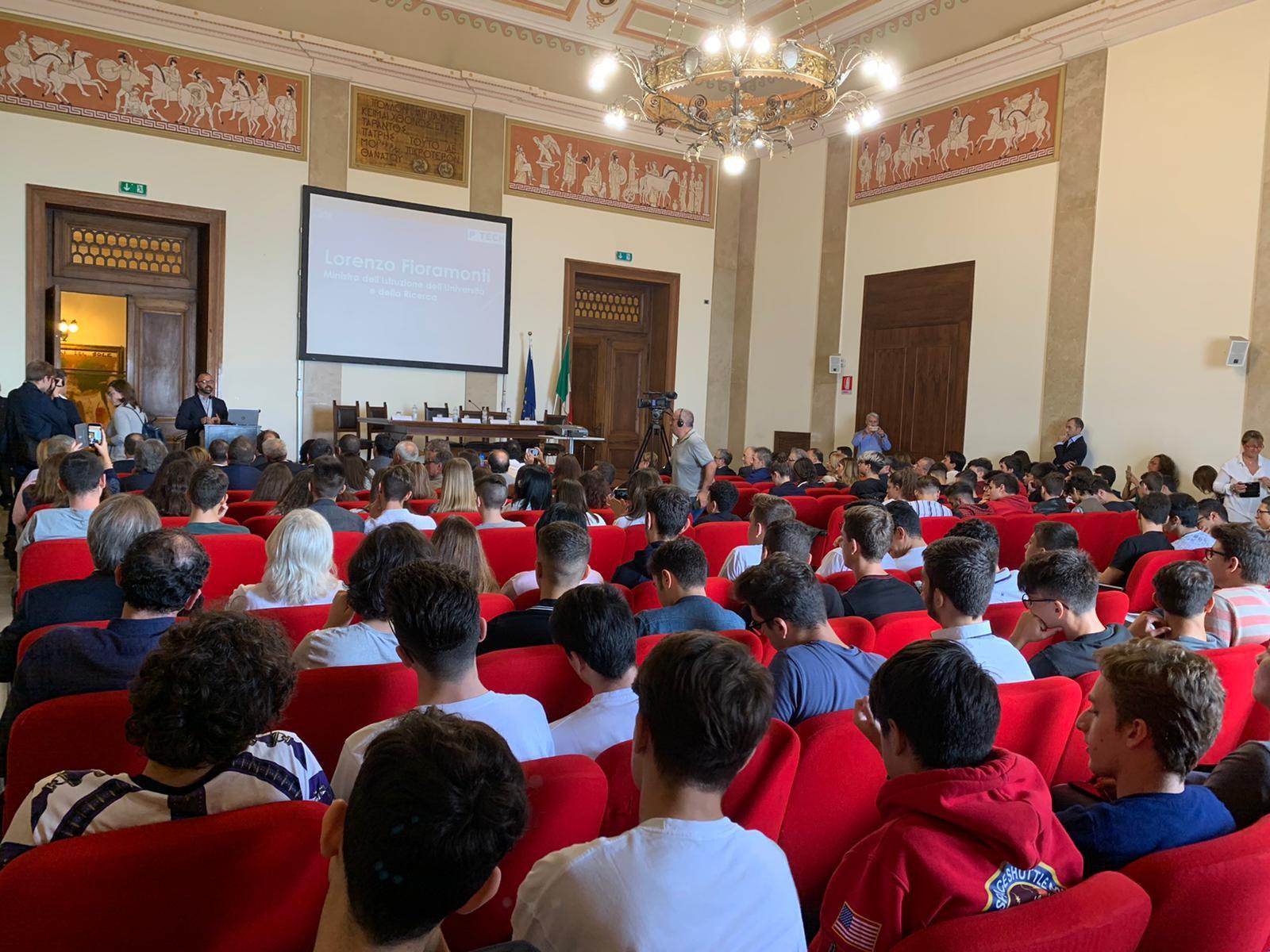 A Taranto il primo P-Tech italiano per le competenze digitali